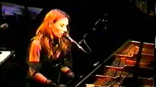 Tori Amos NYC 11 October 2001 Flying Dutchman