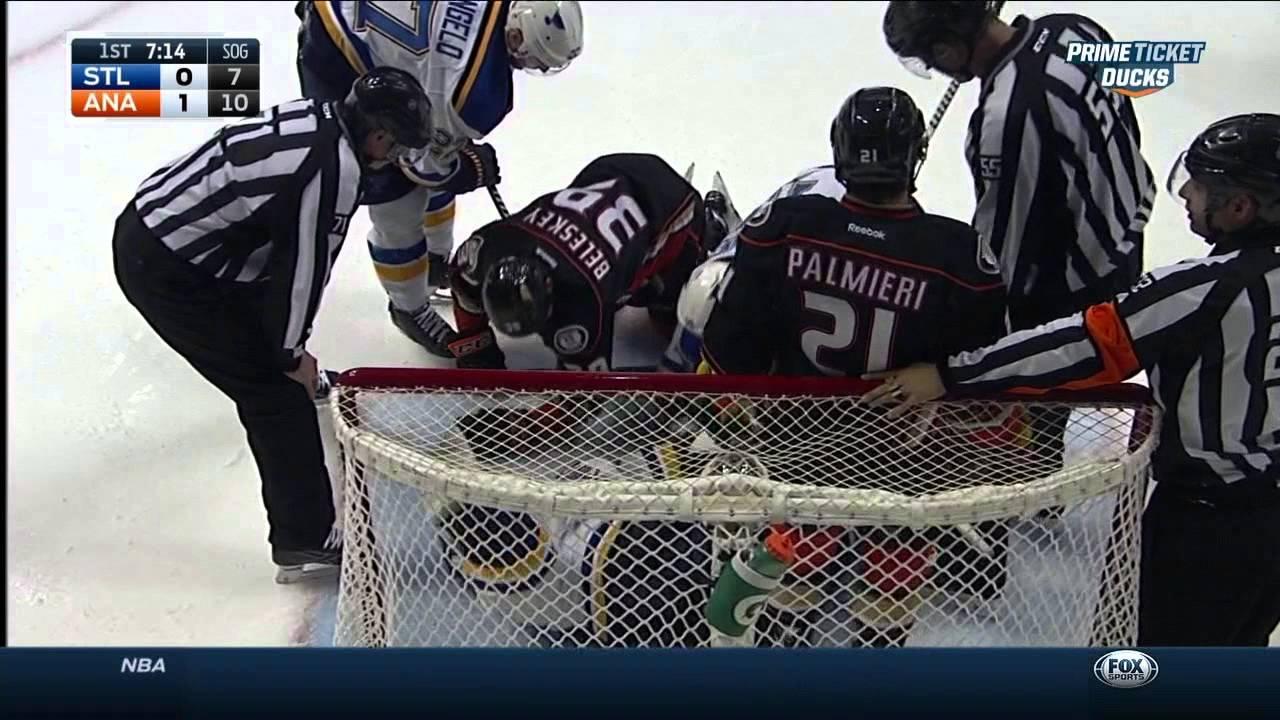 Martin Brodeur Saves In 1st St Louis Blues Vs Anaheim Ducks Jan 2