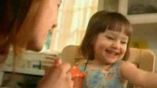 """[ARCHIVE ] Clorox tv commercial """"Kiss"""" (2006)"""