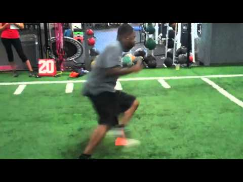 Colts Kelvin Hayden showing DB drill at Fischer Sports NFL 2011 Camp