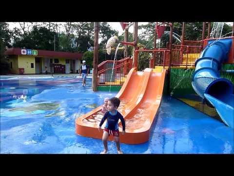 Singapore   Bird Park water playground