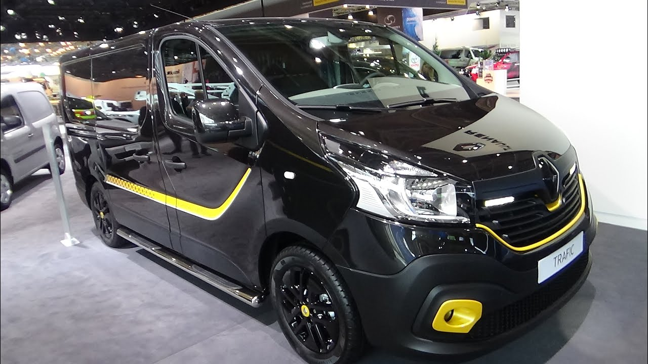 2017 Renault Trafic Formula Edition - Exterior and ...
