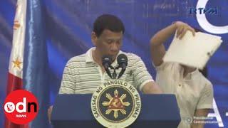 Cockroach interrupts Philippines President Duterte's speech
