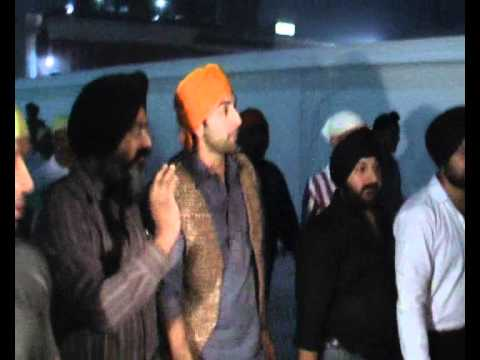 AMRITSAR: Ranbir Kapoor In Golden Temple Mp3
