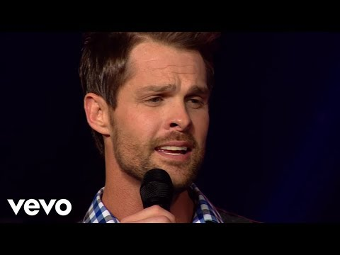 gaither-vocal-band---sometimes-it-takes-a-mountain-(live)