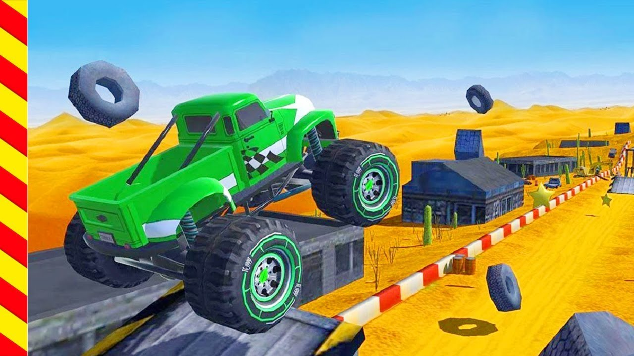 Гонки для мальчиков по пустыне. От машинок отлетают колеса ...