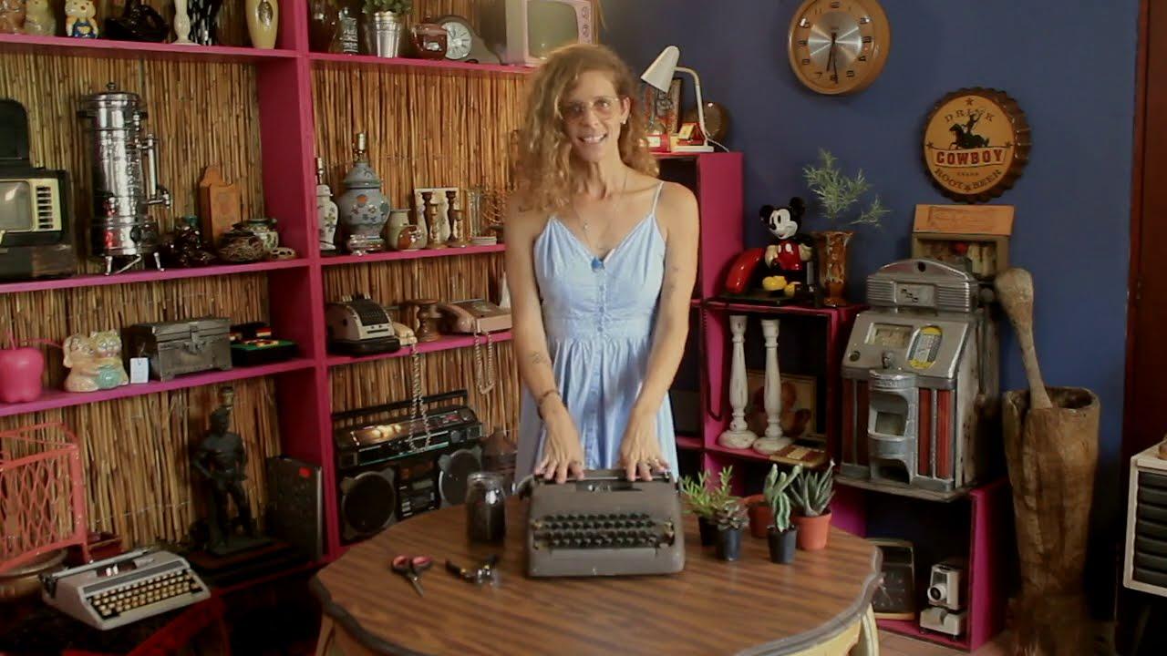 Cómo transformar una antigua máquina de escribir en una macetero para suculentas