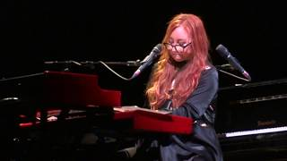 Tori Amos - This Is Not America/Luka - Berlin 2017 FULL HD