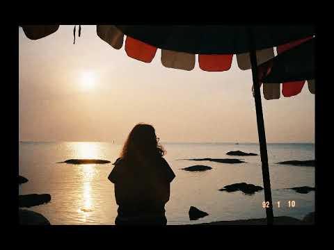 ฟังเพลง - บอกลา เขียนไข และ วานิช - YouTube
