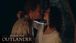 Claire & Jamie's Hot S…