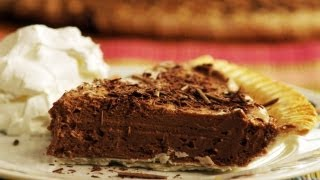 How To Make French Silk Chocolate Pie: Ultimate Thanksgiving Pies