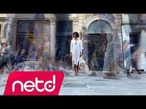 İrem Candar feat. Fırat Tanış - Sevmeye Geldik
