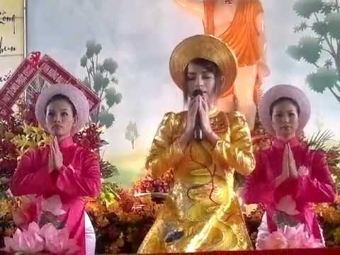 Phi Nhung Hát Mừng Lễ Phật Đản Tại Chùa Liên Trì