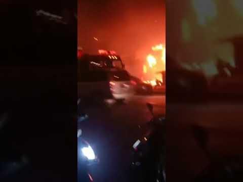 无锡惠山着火店铺为快递网点 起火原因正在调查