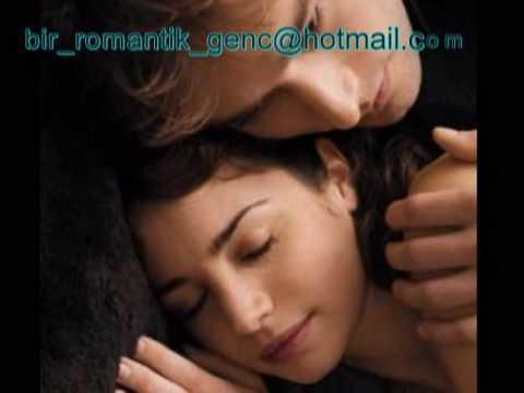 EN ROMANTİK aşk Şarkısı ( Çok Duygusal ve Benzersiz  Yorum)