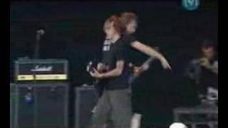 Rise Against - Broken English Live BDO