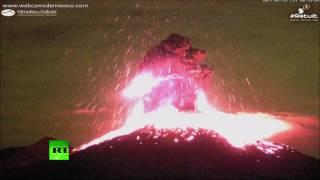 В Мексике началось извержение вулкана Колима