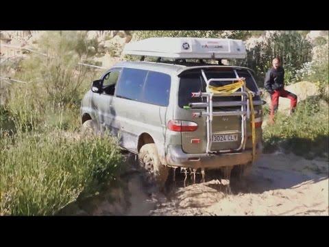 Интересные фургоны Hyundai Starex