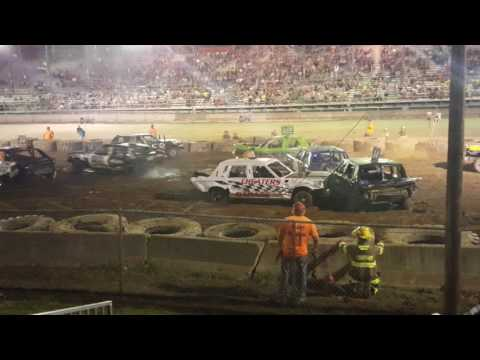2016 Medina County Fair Demolition derby night #1
