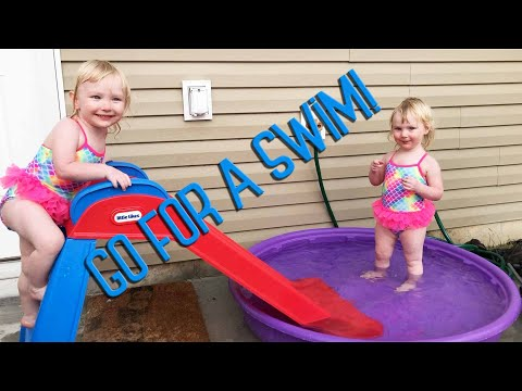 SUMMER FUN IN THE MINI POOL!