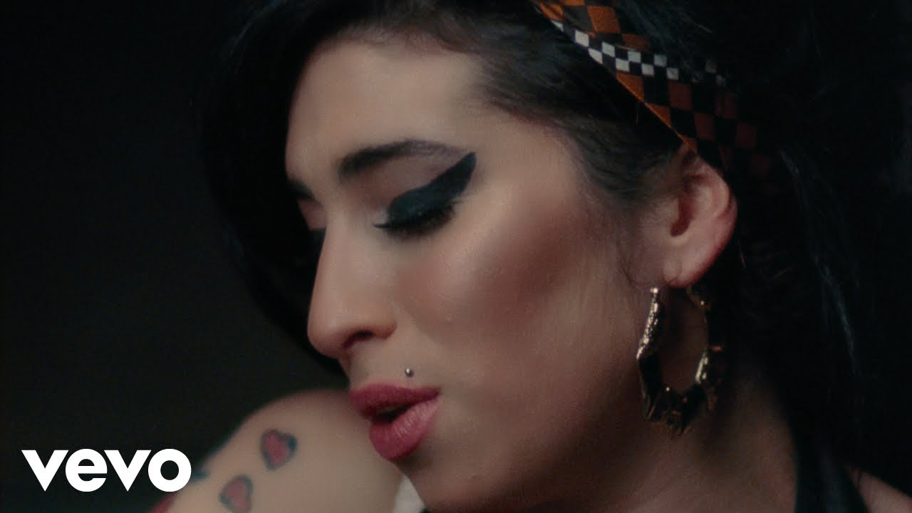 I Cried For You On The Kitchen Floor Amy Winehouse You Know Im No Good Youtube