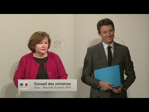 """French minister of European affairs on Italy row: """"Our intention is not to have a stupidity contest"""""""