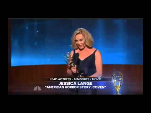 EMMYS 2014 - Jessica Lange WINS EMMY AWARD FOR OUTSTANDING LEAD ACTRESS MINISERIES OR MOVIE [HD]