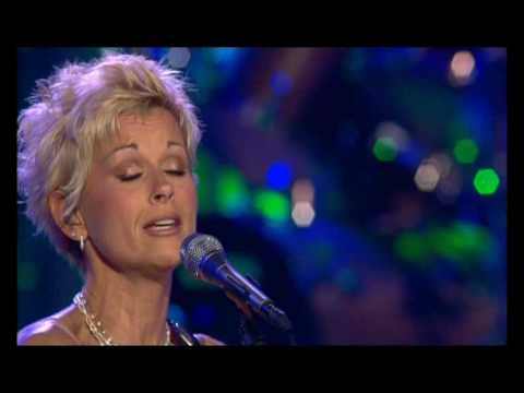 "Lorrie Morgan  -  ""A Picture of me Without You"""
