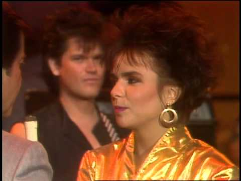 Dick Clark Interviews Scandal- American Bandstand 1984