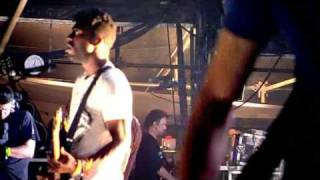 Bloc Party - Helicopter LIVE @ Glastonbury 2009 [HQ]