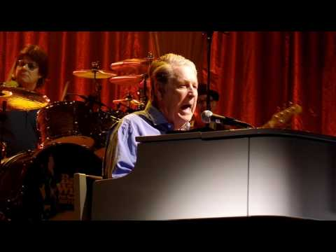 Brian Wilson-California Girls-Live-Saenger Theater, New Orleans, March, 2017