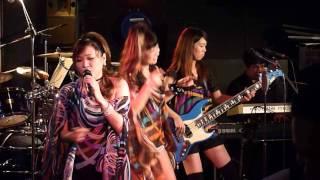 「かっこいいツイスト」は、1962年7月に弘田三枝子が東芝から通算5枚目...