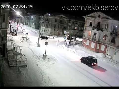 В центре Кушвы водитель ВАЗа сбил пешехода