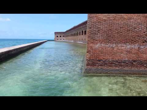 Walking Tour of Ft Jefferson, Dry Tortugas (Florida)