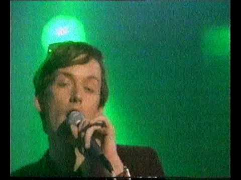 Pulp - Common People - TOTP - 1