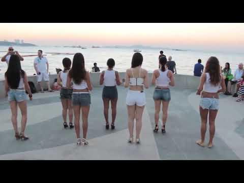 Flash Mob de Kizomba - Lady Style na Tailândia