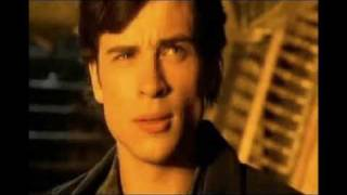 """Smallville Music Video - Evanescence """"Bring me to Life"""""""