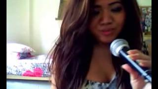 Asian Girl Singing Hindi Song Haal E Dil - Murder 2