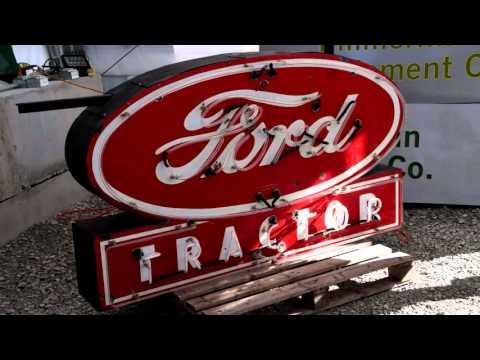 Aumann Auctions 2015 Annual Antique Tractor Auction