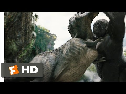King Kong (4/10) Movie CLIP - Kong Rescues Ann (2005) HD Travel Video
