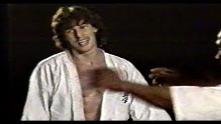 Here two fights of 19 years old Andy Hug during his kyokushin caree...