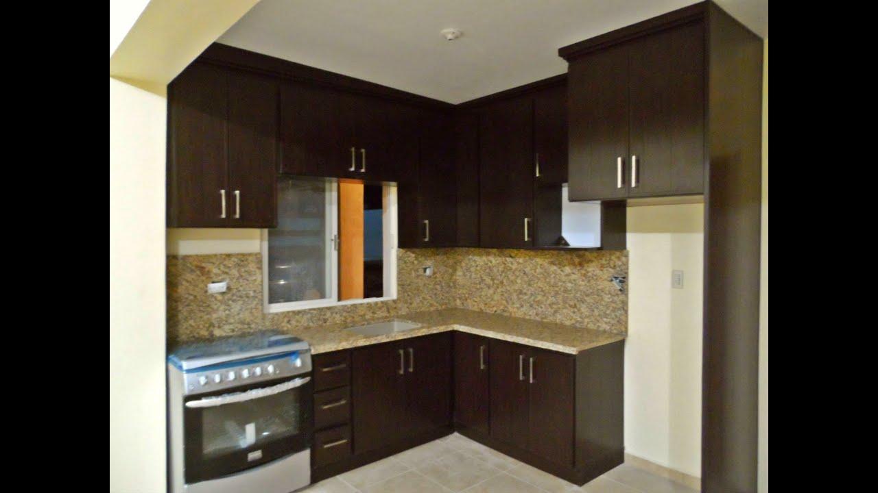 Cocina de pvc con cubierta y paredes de granito youtube for Colores de granito para encimeras