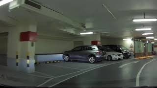 長江中心停車場 Cheung Kong Centre Car Park