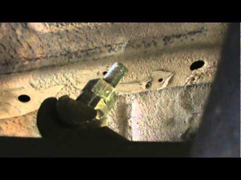 Daihatsu Rocky torsion bars how to crank - YouTube