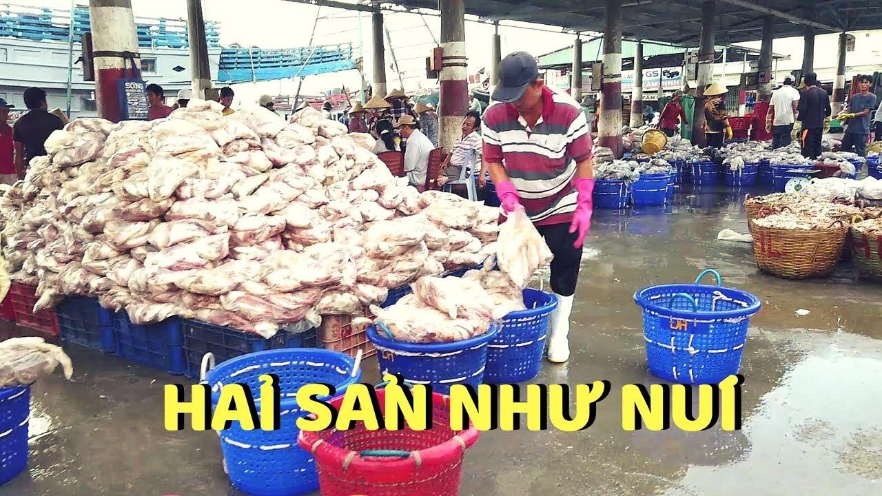Hải sản chất như núi làng chài chợ bến đá Vũng Tàu