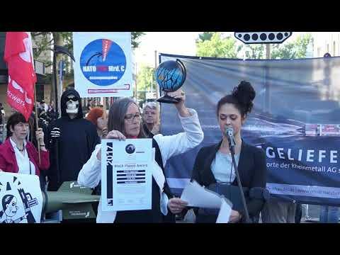 Annabelle Schnurer für ethecon begründet die Black Planet Award vergabe an Rheinmetall