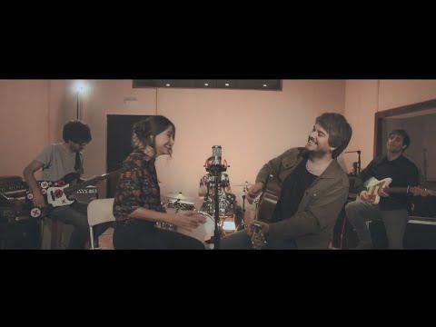 Despistaos feat. Georgina - Vuelve a verme (Videoclip Oficial)