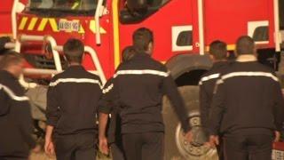 Incendie dans l'Hérault: 4 pompiers gravement brûlés après un retour de flammes