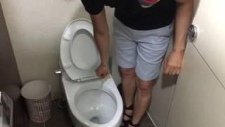 유토렉스 칫솔살균기- 변기 극단적인 비교 by 케빈황