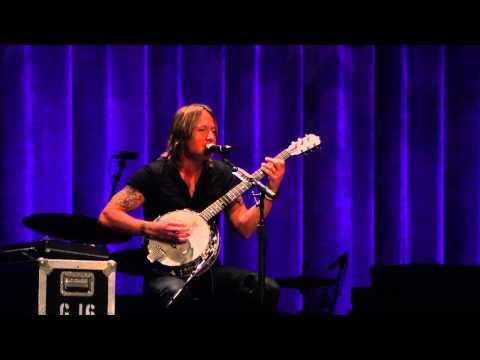 Keith Urban acoustic at The Ryman